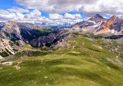 Meteo, ultimi aggiornamenti sui temporali in arrivo tra Alpi e Sud