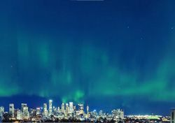 New Yorkers treated to incredible Northern Lights show
