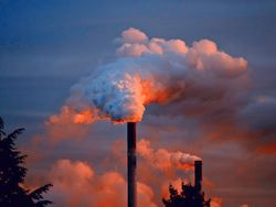 Nível de CO2 na atmosfera atinge marca histórica