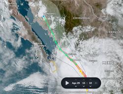 Nora prosigue su camino por la costa mexicana del Pacífico