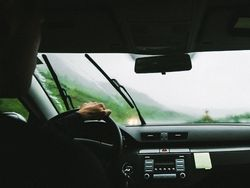 Operación salida de Semana Santa: cómo conducir con lluvia