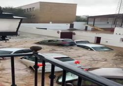 Péninsule Ibérique : les images des violents orages et des inondations