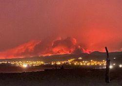 Sardegna, il vento alimenta vasti incendi: colpita l'area di Oristano