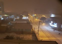 Kälte und Schneefall in den Tropen! Winter in Südamerika.