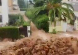 Maltempo in Spagna, devastanti inondazioni in molte aree: ecco i video