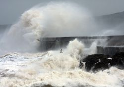 Storm Evert lashes UK with wind and rain, leaving a cool weekend