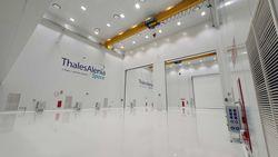 Thales Alenia Space inaugura su nueva sala de integración de satélites