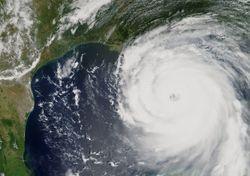 Uragano Ida verso New Orleans: 16 anni fa il disastro Katrina