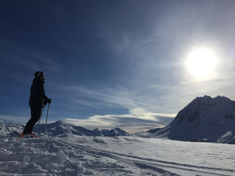 Pas de ski alpin pour ce début de saison mais des dizaines d'autres activités proposées par les stations, en attendant des jours meilleurs...