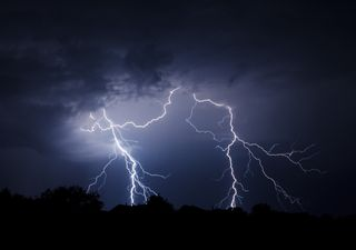 Showers, thunder and lightning on the way for the weekend