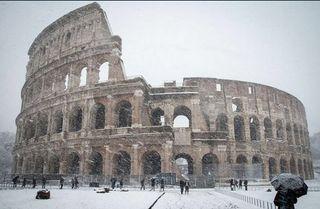Nieva en Roma