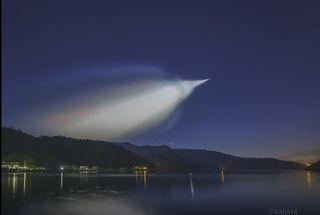 Nubes noctilucentes de un cohete