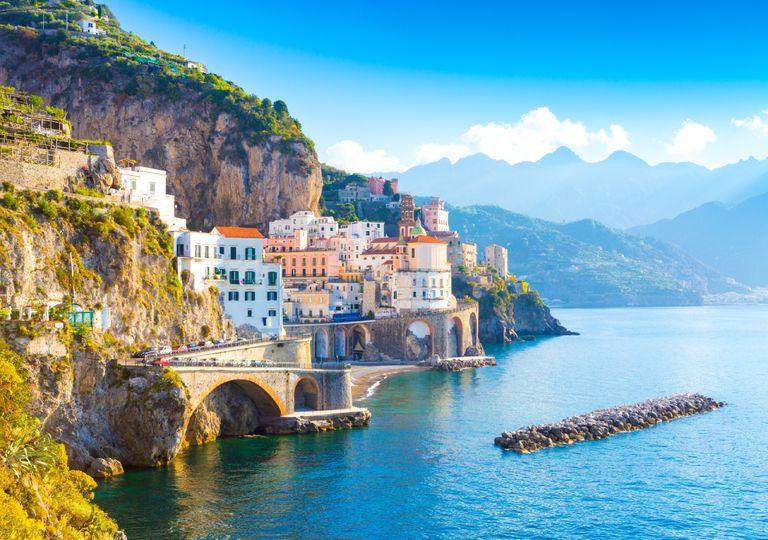 Amalfi; Mediterrâneo; temperaturas elevadas