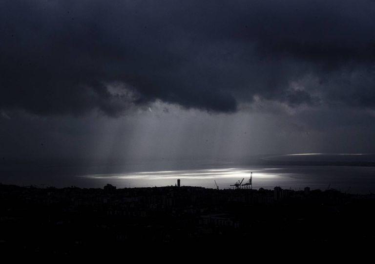 previsão tempo chuva nuvens nevoeiro nebulosidade raios de sol rio Douro Portugal
