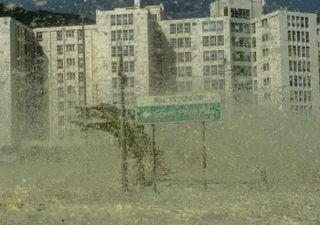 Olas de espuma en Ciudad del Cabo