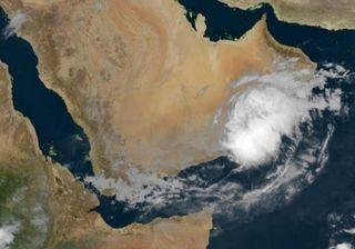 Katastrophe im Oman: In 3 Tagen so viel Regen wie in 4 Jahren!