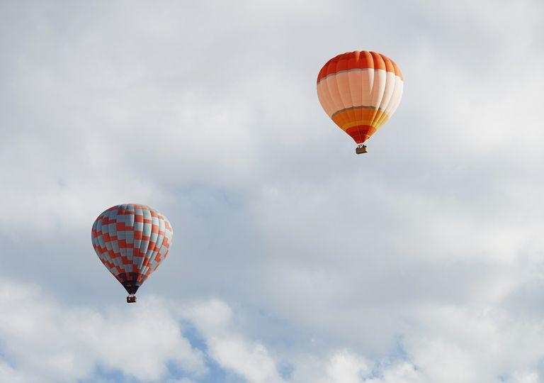 En México el primer globo fue lanzado en Xalapa, Veracruz, a cargo de José María Alfaro en 1784.
