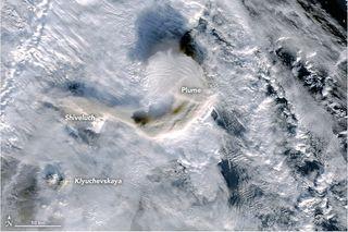 Penachos sobre la península de Kamchatka