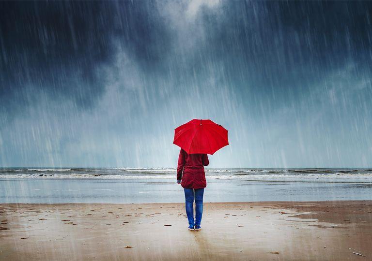 Lluvia en la playa