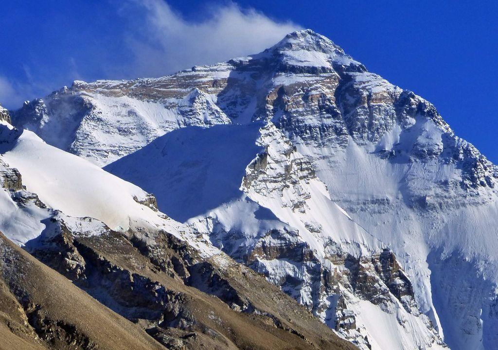 Poluição por microplástico é encontrada no Monte Everest