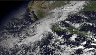 Por primera vez: antimateria en un poderoso huracán