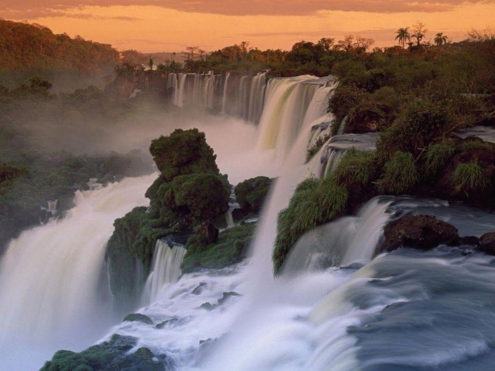 Cataratas del Iguazú desborde crecida lluvias pronóstico invierno