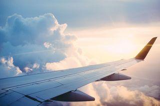 Quando e a que horas ocorrem as maiores turbulências nos aviões?