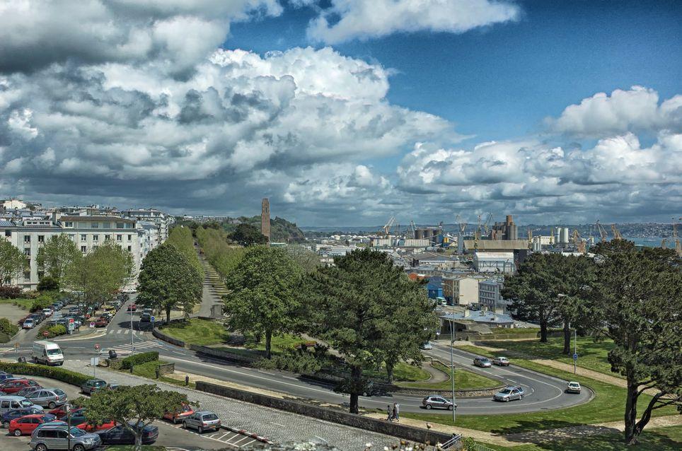Les nuages devraient rester nombreux dans le nord-ouest ce week-end.