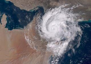 Raro landfall de ciclone tropical deixa mortos em Omã