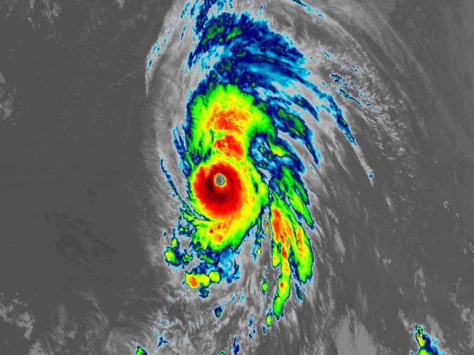 Hurrikan Lorenzo bedroht die Azoren