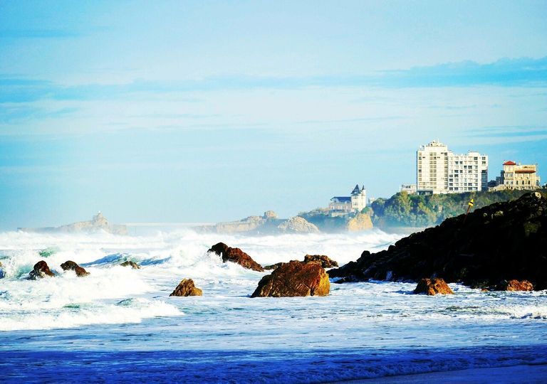 Le week-end devrait être ensoleillé à Biarritz.