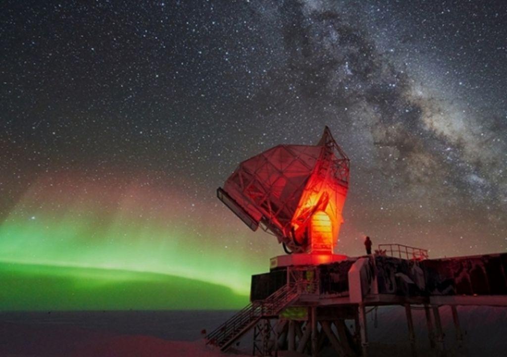 Domo A estrellas Antártida