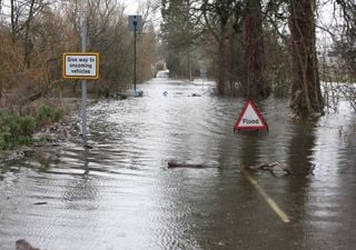 Risco de inundações continua no Reino Unido