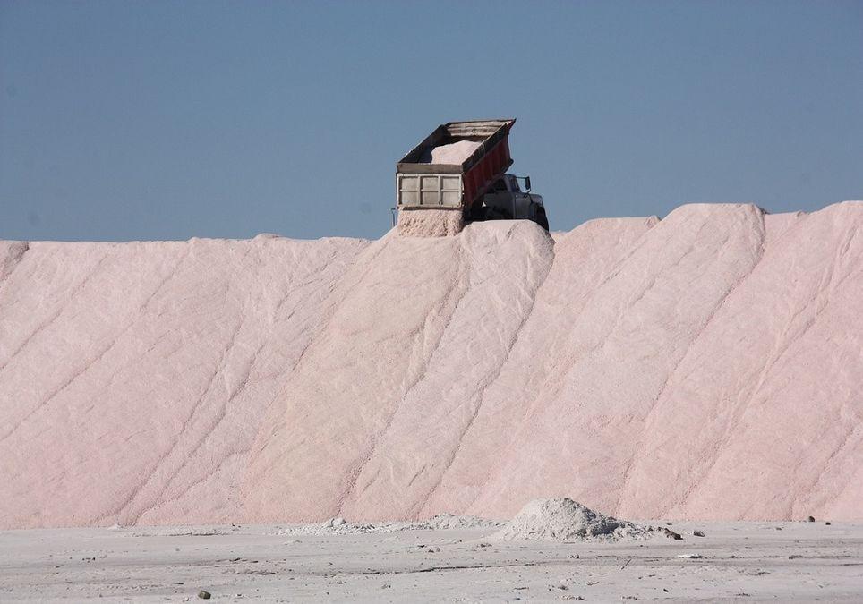 El Ministerio de Fomento utiliza al año unas 160.000 toneladas de sal.