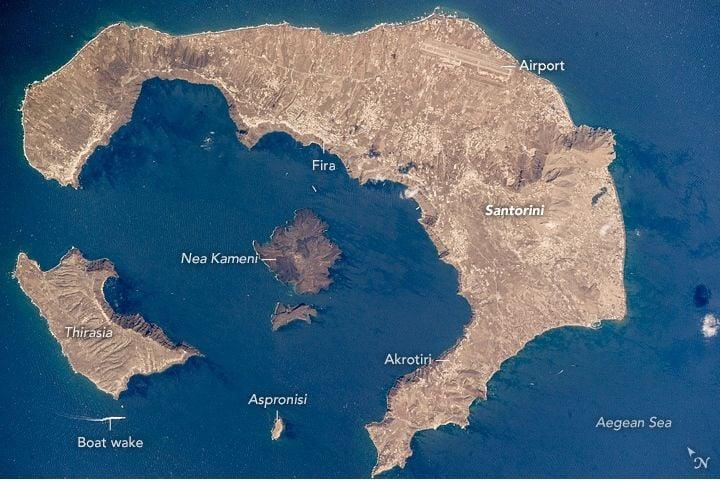 Santorini Desde La Iss