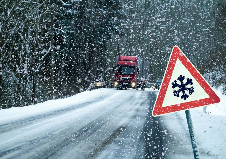 Schnee und Glätte