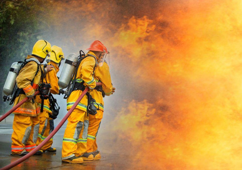 Feuerwehr pausenlosen im Einsatz
