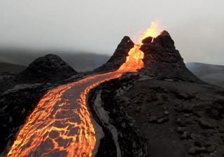 Espectacular erupción volcánica