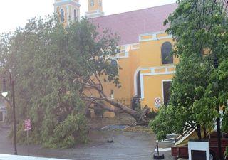 Se reportan daños en varias entidades por la presencia de Cristobal