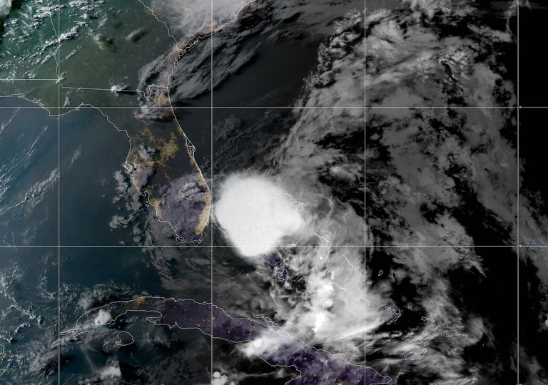 Tormenta Tropical Isaias