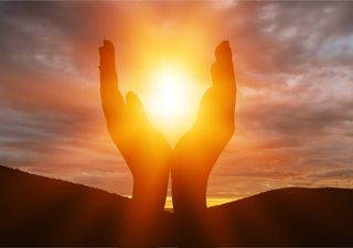 Solstício: o Sol 'dança' no horizonte no dia mais longo do ano