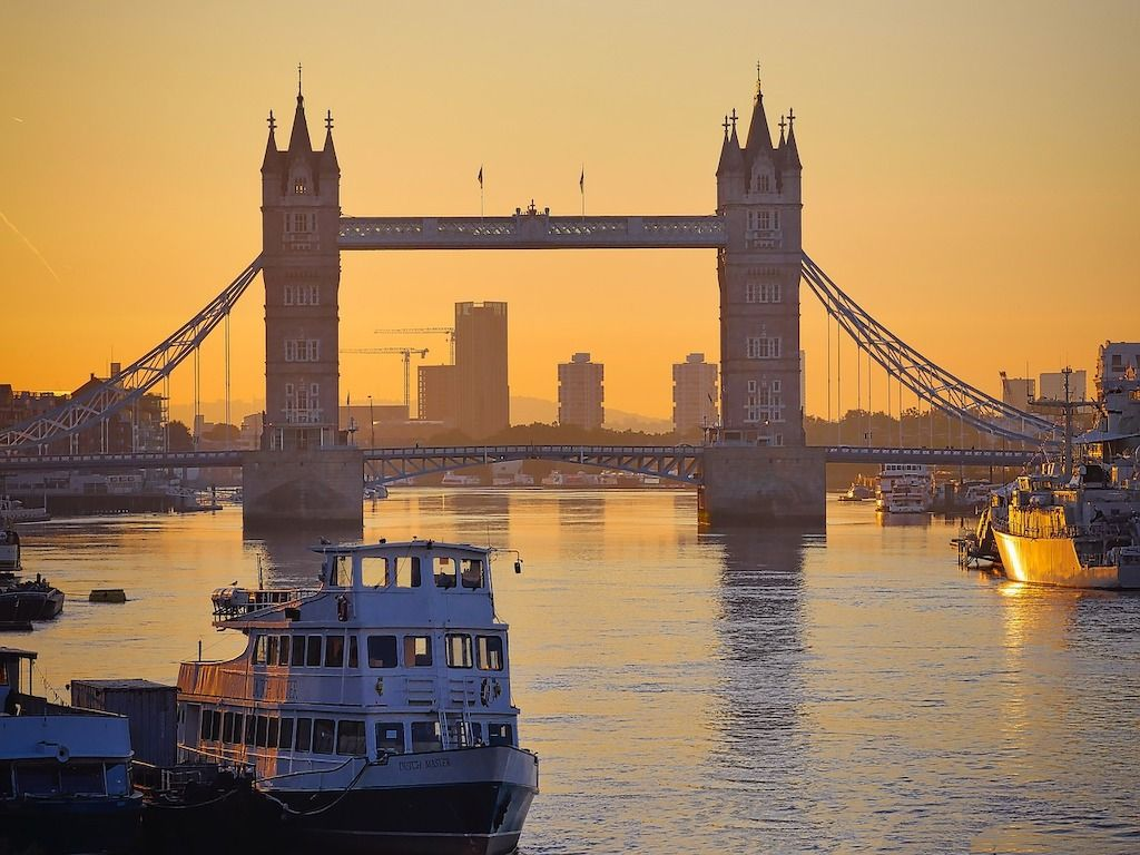London scenery.