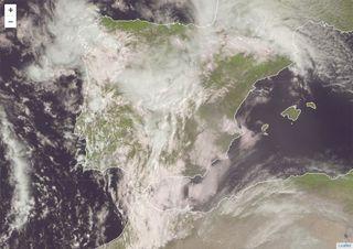 """Tarde del domingo y lunes de """"alta tensión"""", habrá tormentas fuertes"""