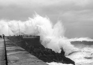 Tempestade Gloria 'ataca' Espanha em força