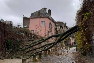 Tempête Bella : des vents à 140 km/h, des congères de 2 m en Auvergne