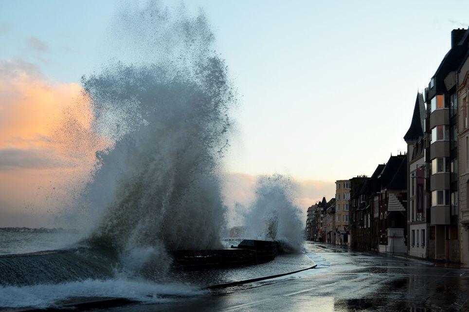 Alertes météo France - Page 4 Tempete-brendan-vigilance-orange-et-fortes-rafales-de-vent-prevues-229101-1
