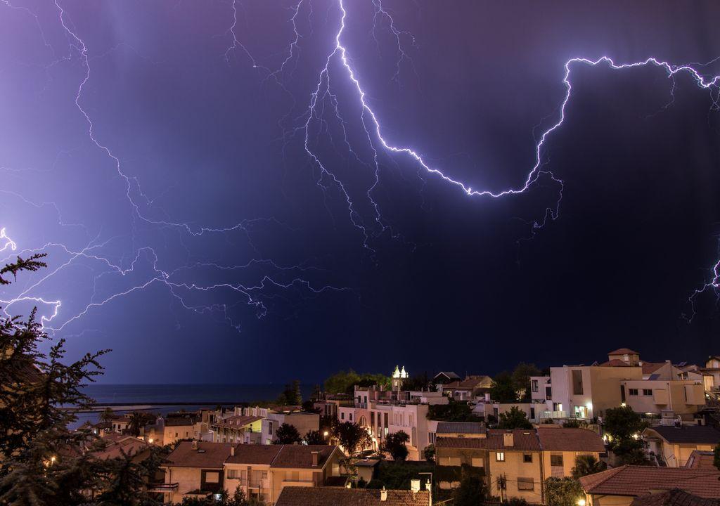 chuva; trovoada; tempestade; depressão; Portugal