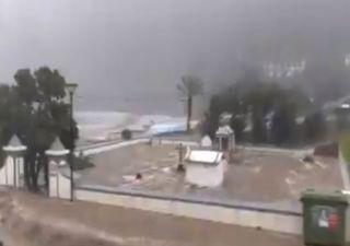 Temporal de chuva e granizo provoca inundações na Madeira