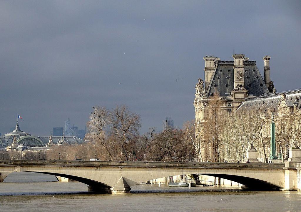 8 degrés samedi à Paris contre 4 attendus dimanche !