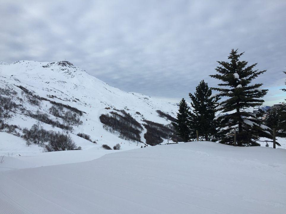 Les chutes de neige s'annoncent abondantes en montagne mais à des altitudes de plus en plus hautes au fil des jours.